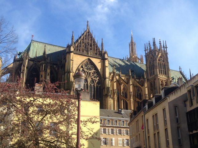Vue sur la Cathédrale Saint-Etienne, Metz, avril 2016