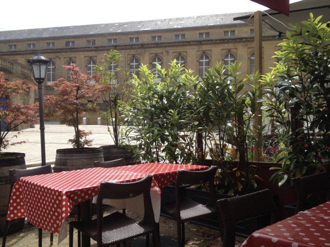 Le Marché couvert de Metz depuis la terrasse du Cucina di Basa