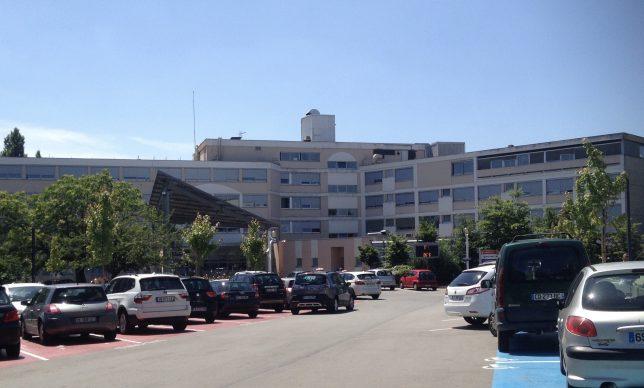 Bâtiment principal de l'hôpital-clinique Claude Bernard à Metz