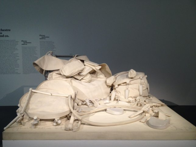 Claes Oldenburg, Batterie Fantôme - oeuvre exposée à Musicircus, exposition du Centre Pompidou Metz en juillet 2016