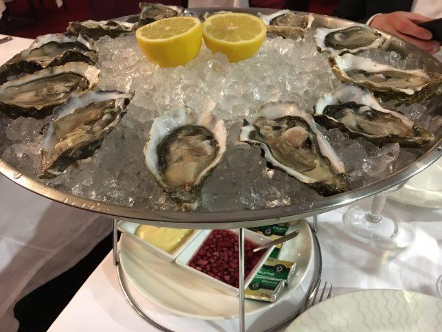 Plateau d'huîtres servies à la Brasserie L'Eden, Metz