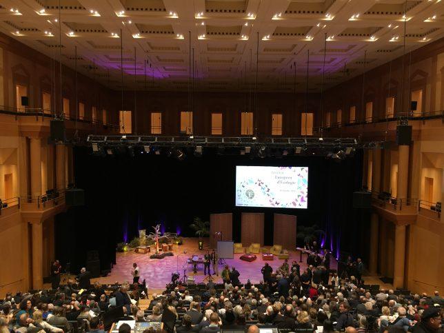 Grande salle de l'Arsenal lors de la soirée dédiée à Jean-Marie Pelt, octobre 2016