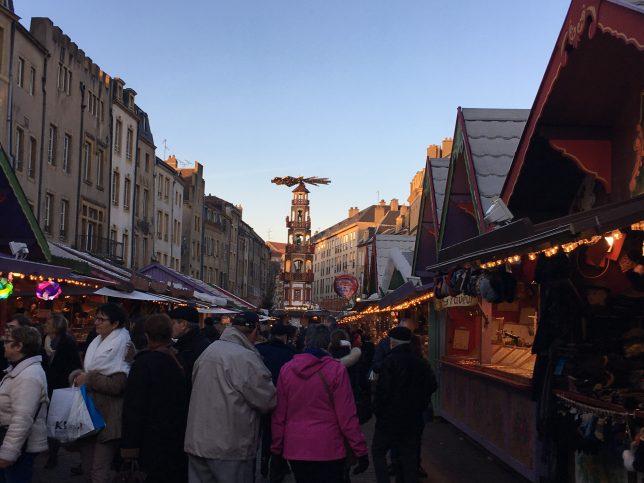 place-saint-louis-marche-noel-metz
