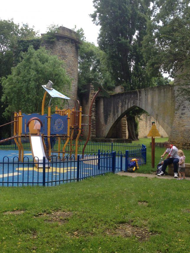 metz-vacances-paques-enfants-toboggan-circuit-des-remparts