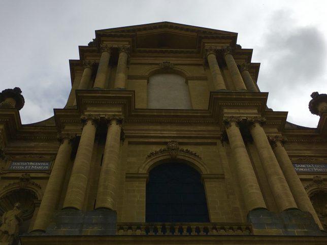 lieu-insolite-metz-basilique-saint-vincent-metz